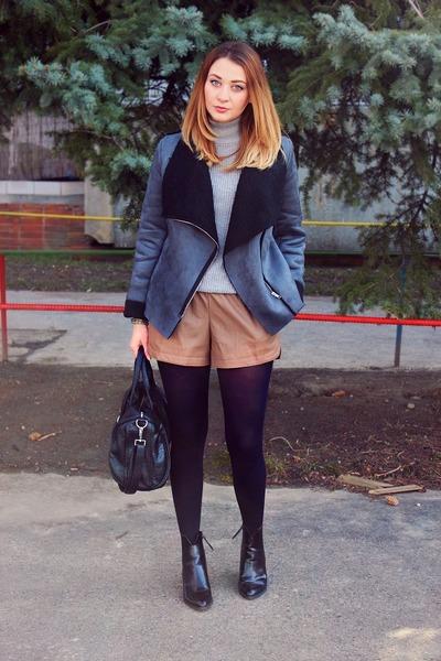 Sheinsidecom jacket - Zara shoes - Oasapcom shorts