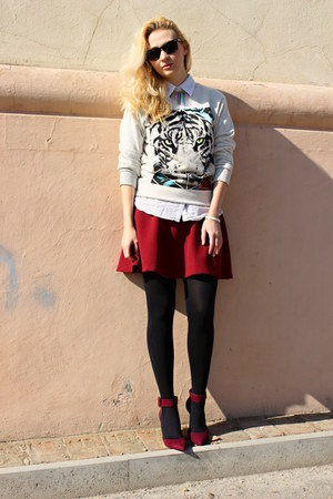 Stradivarius skirt - Zara shoes