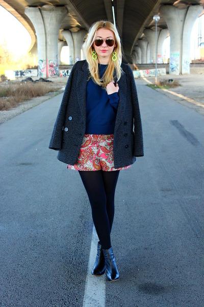 Pimkie coat - Zara boots - H&M shorts - asos sweatshirt