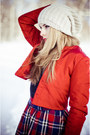 Eggshell-bershka-hat-ruby-red-by-tini-tani-jacket-navy-alices-pig-skirt
