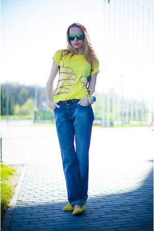 yellow banggoodcom t-shirt - teal Lacoste watch