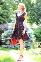 ruby red Marika dress - black Pollini shoes