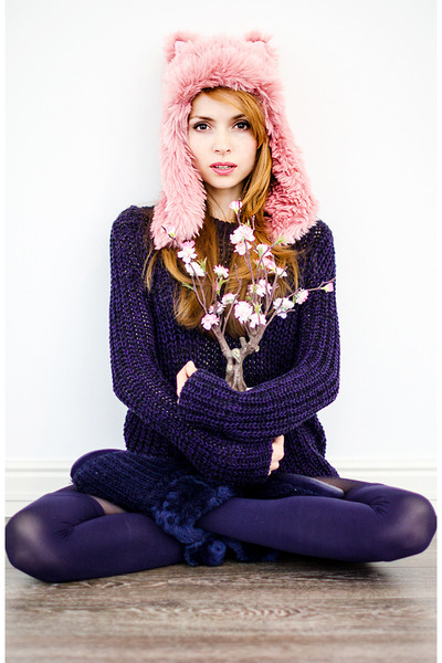 pink Renata Dorofeeva hat - navy Zara sweater - navy Fiore tights