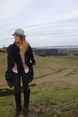 heather gray Topshop hat - camel Topshop sweater - black Topshop leggings