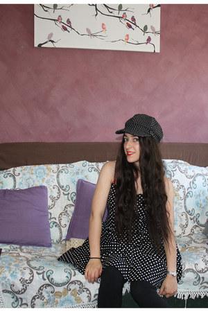black polka dots cotton on dress - black polka dot hat