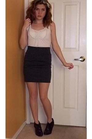 Charlotte Russe shirt - Forever 21 skirt