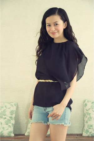 black crescent clothing blouse - gold models own belt