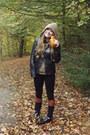 Zara-boots-massimo-dutti-jacket-sfera-jumper