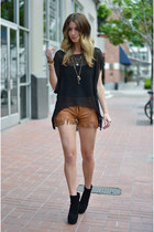 black tunic One Teaspoon top - black gemma bootie Dolce Vita boots