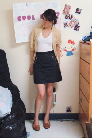 banana republic jacket - forever 21 shirt - moms skirt skirt - franco sarto shoe