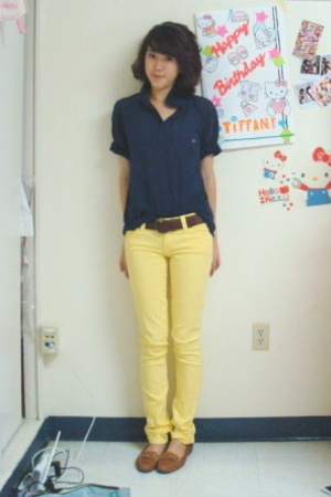 united colors of benetton top - yellow jeans pants - franco sarto shoes - Gap be