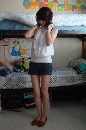 Rampage blouse - forever 21 shorts - franco sarto shoes
