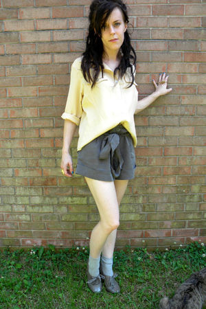gray shoes - gray shorts - gray socks - beige blouse - gold accessories