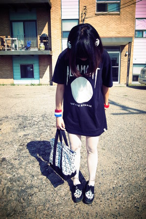 white Jonathan Aston tights - black Hush Puppies shoes - white Mooneyes bag