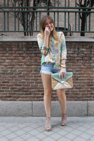 Zara shorts - BLANCO bag - Zara wedges - Zara blouse