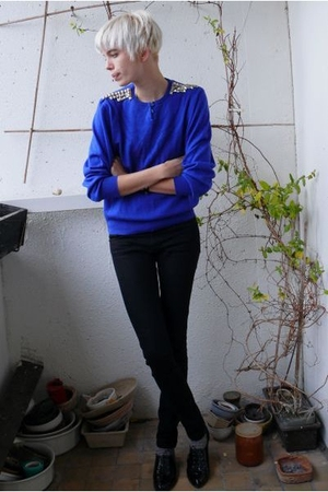 blue diy studded vintage sweater - black oxfords Pimkie shoes