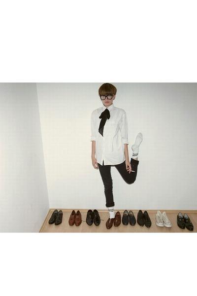 black random pants - white random blazer - brown random shoes - black nerd glass