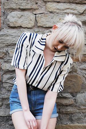 stripped charity shop shirt - high waisted Vero Moda shorts
