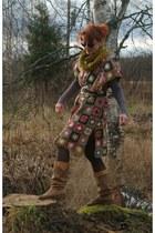 cape - cape - cape - boots - belt