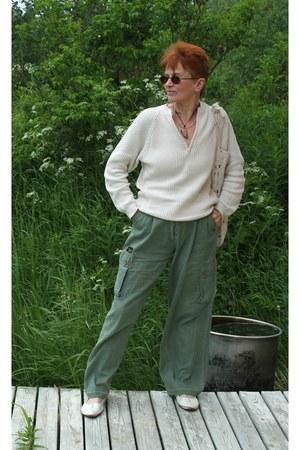 green cotton pants - off white linen crochet bag
