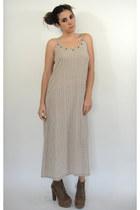 Total-recall-vintage-dress
