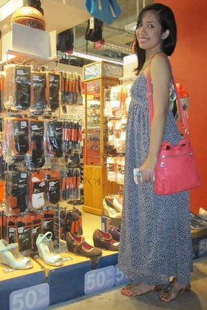 Parisian sandals - WAGW dress - sm department store bag - local tiangge earrings