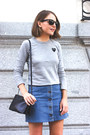 Navy-celine-bag-black-ray-ban-sunglasses-silver-comme-des-garcons-t-shirt