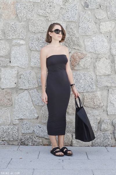 black Celine bag - gray Wolford dress - black The Row sunglasses