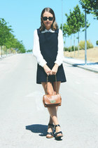 tawny Mulberry bag - navy VANESSA BRUNO dress - black ray-ban sunglasses