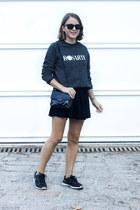 dark gray Rodarte sweatshirt - black Reed Krakoff bag - black ray-ban sunglasses