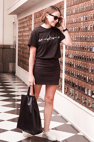 black Celine bag - black ray-ban sunglasses