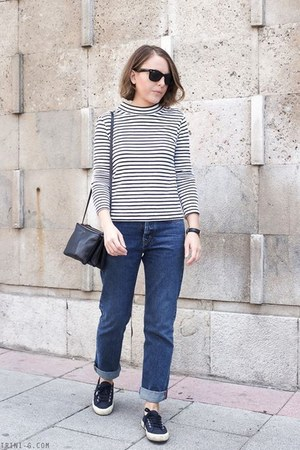 navy MIH Jeans jeans - navy Celine bag - black Ray Ban sunglasses
