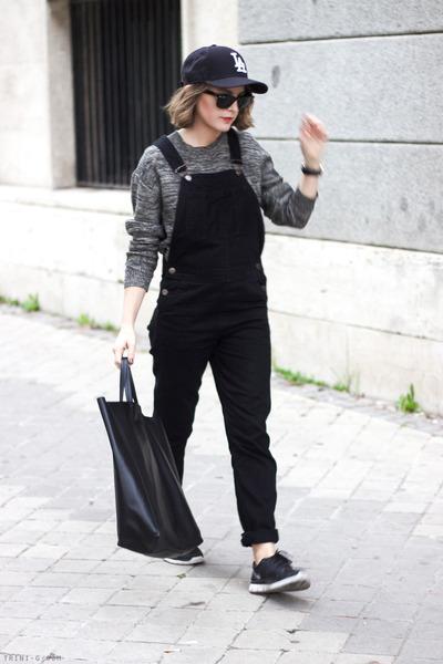 black Los Angeles Dodgers hat - heather gray acne sweater - black Celine bag 5ce148c4a8b3