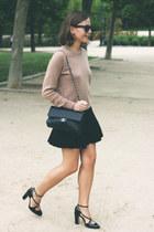 black Chanel bag - camel Equipment sweater - black ray-ban sunglasses
