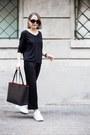 Black-mansur-gavriel-bag-black-the-row-sunglasses