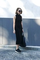 black The Reformation dress - black Celine bag - black The Row sunglasses