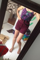 purple top - maroon shorts - turquoise blue necklace