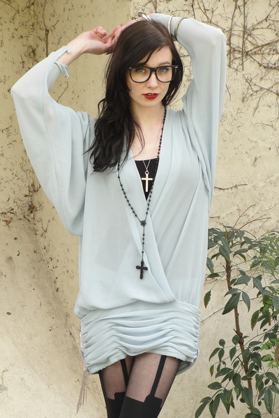 light blue Trashy Vintage dress - black super suspender House of Holland tights