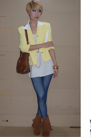 yellow vintage blazer - brown fringe boots shoes - blue denim leggings