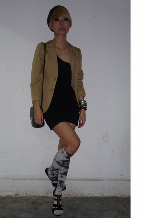 blazer - Topshop blouse - hnm skirt - forever 21 socks - blay shoes