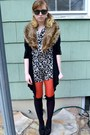 Red-forever-21-tights-light-brown-vintage-scarf