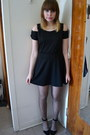 Black-rolla-coaster-dress-brown-betsey-johnson-tights-black-asos-heels
