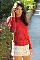 beige crochet shorts - red cable knit jumper - black gold maple ring