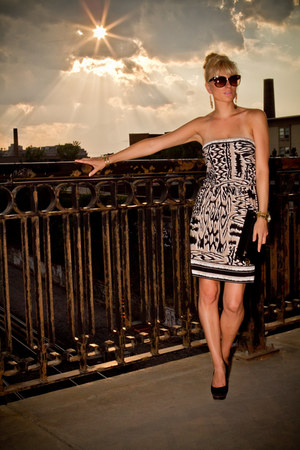 BCBG dress - Michael Kors purse - Michael Kors sunglasses - Aldo earrings