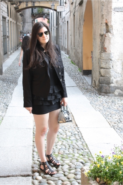 Ray Ban sunglasses - H&M dress - H&M jacket - handmade accessories - H&M shoes