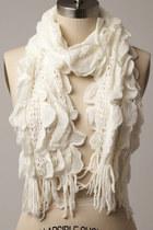 Tricisny-scarf