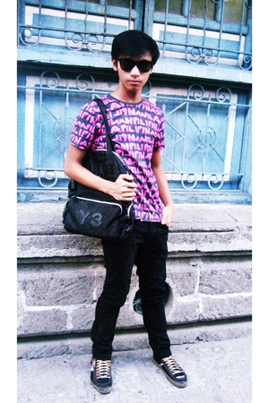 pink collezione t-shirt - black thrifted sunglasses - black Folded and Hung pant