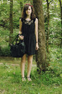 Black-velvet-bebop-dress-black-leather-h-m-bag