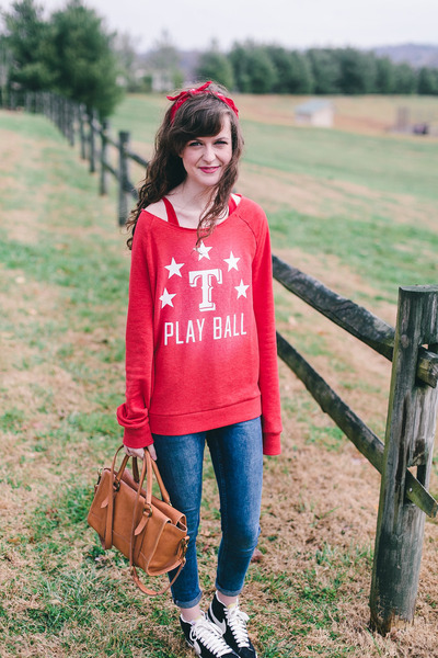 red crew victorias secret pink sweatshirt - blue Topshop jeans