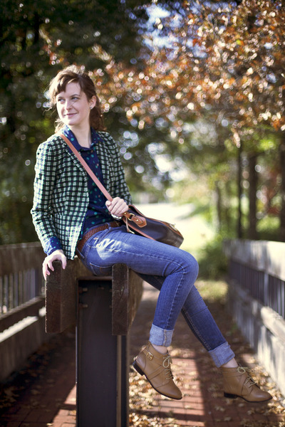 plaid J Crew blazer - ecote boots - skinny Levis jeans